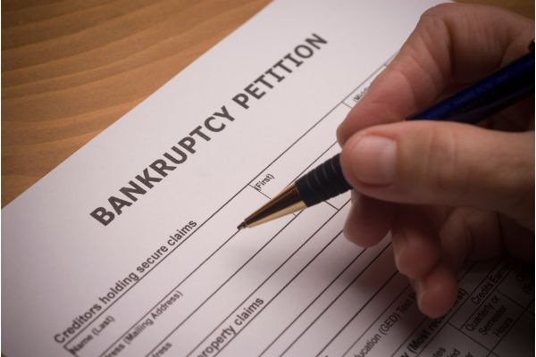Some Basics About Divorce & Bankruptcy